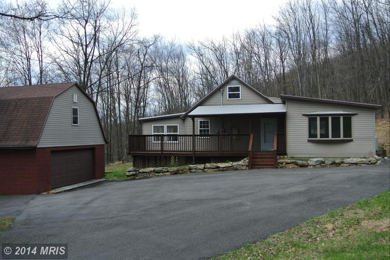 455 ROBERTS LANE, GREAT CACAPON, WV 25422
