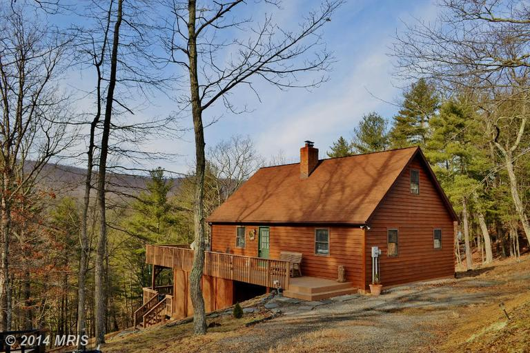 335 SUNDOWN TRAIL, GREAT CACAPON, WV 25422