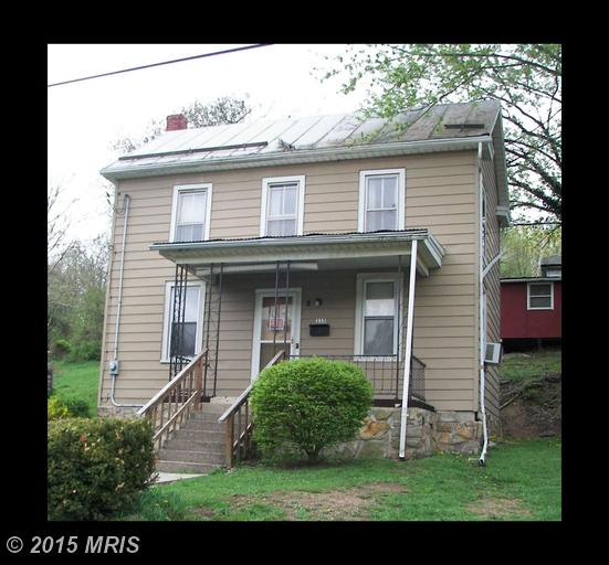 335 LAUREL AVENUE, BERKELEY SPRINGS, WV 25411