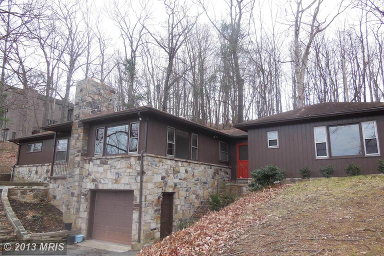 110 Lee Cir, Berkeley Springs, WV 25411