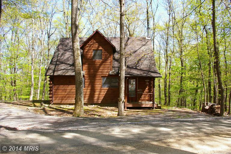 20 Mountainside Rd # F2, Berkeley Springs, WV 25411