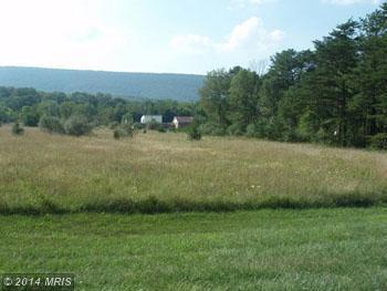 4 Mdg Ct, Berkeley Springs, WV 25411