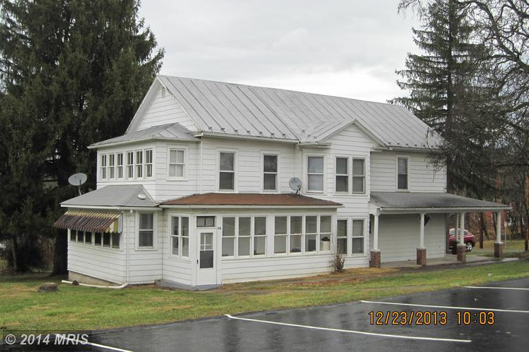 168 Winchester St, Paw Paw, WV 25434