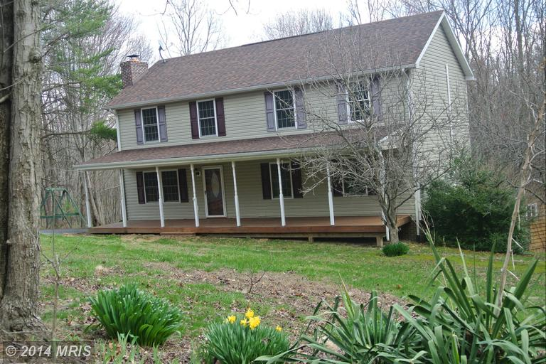 1063 Apple Orchard Cir, Berkeley Springs, WV 25411