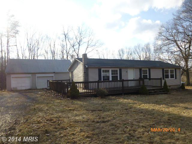 2846 Mauzy Rd, Berkeley Springs, WV 25411
