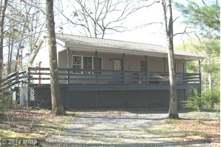 608 Highview Ln, Berkeley Springs, WV 25411