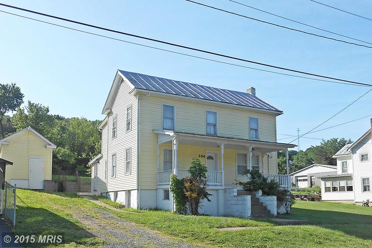 354 Harrison Ave, Berkeley Springs, WV 25411
