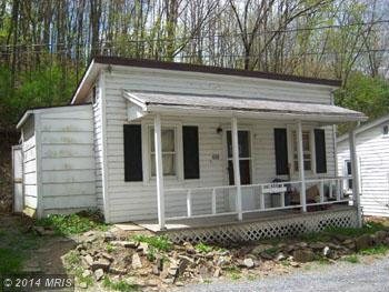 Biser St, Berkeley Springs, WV 25411