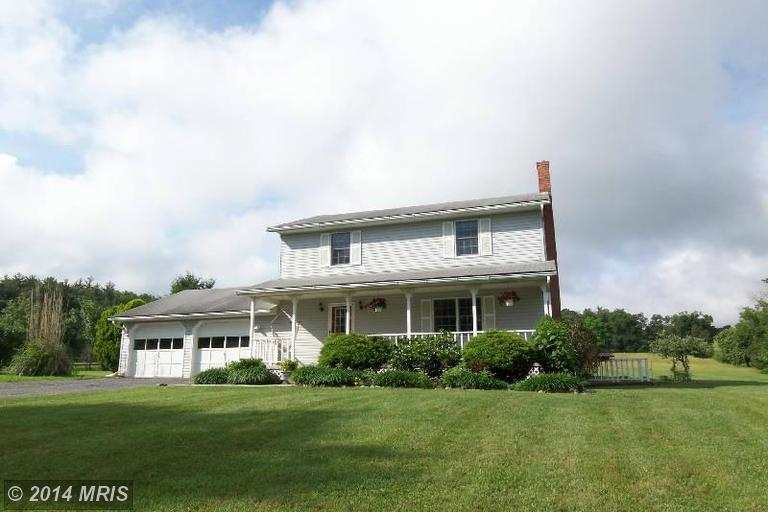 2754 Luther Michael Rd, Berkeley Springs, WV 25411