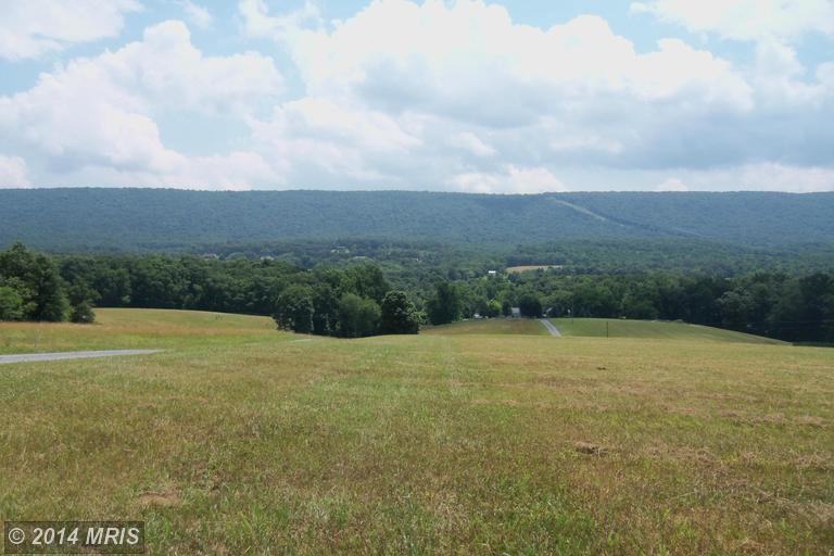 Highland Ridge Rd, Berkeley Springs, WV 25411
