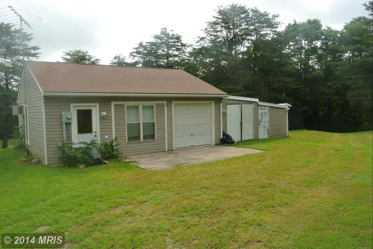 107 Apple Orchard Cir, Berkeley Springs, WV 25411