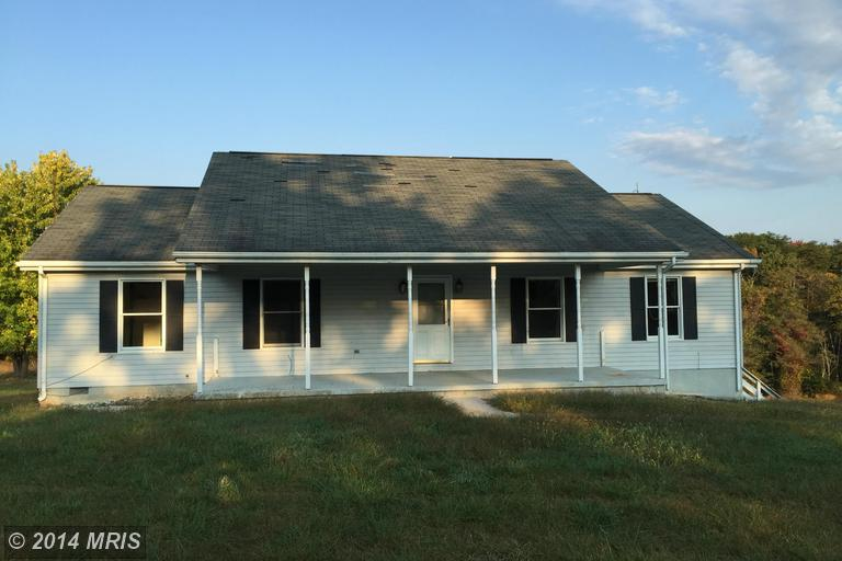 5872 Timber Dr, Berkeley Springs, WV 25411