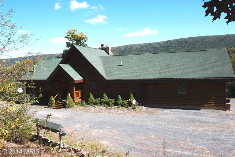 3250 Posey Hollow Rd, Berkeley Springs, WV 25411