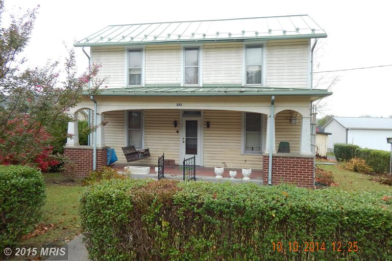 222 Moser Ave, Paw Paw, WV 25434