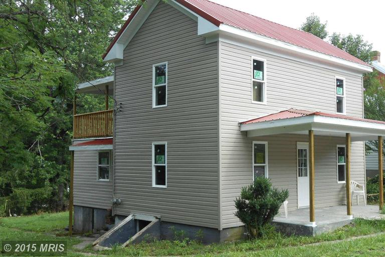 S Laurel Ave, Berkeley Springs, WV 25411