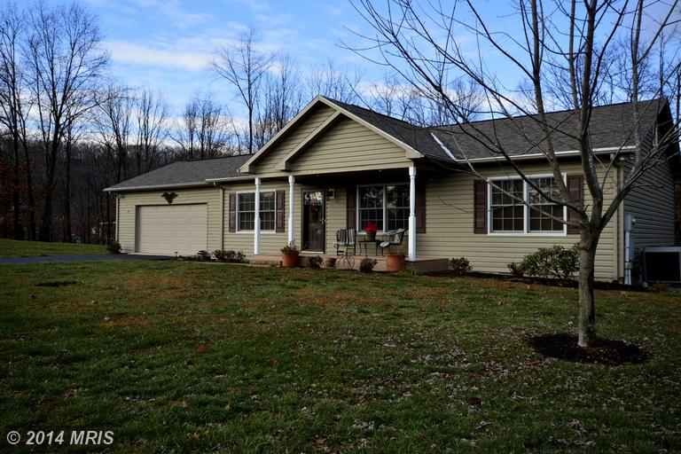 97 Bayonet Point Ct, BERKELEY SPRINGS, WV 25411