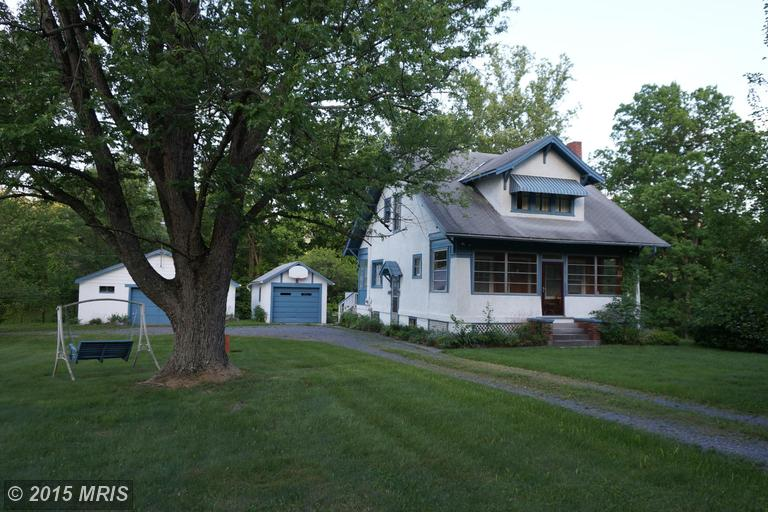 465 Rockford Rd, Great Cacapon, WV 25422