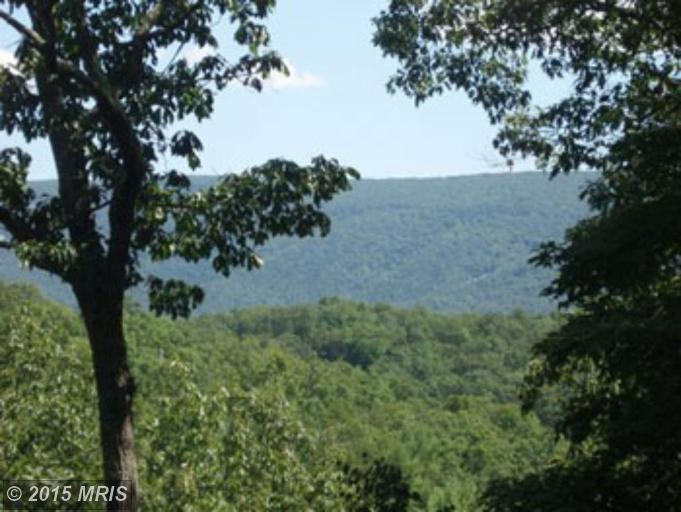River Rdg # Sd, Great Cacapon, WV 25422