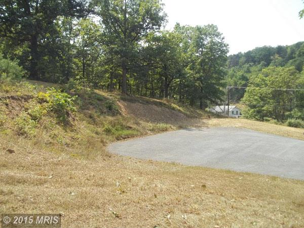 New Hope Rd, Berkeley Springs, WV 25411