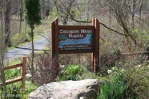 Meadow Wood Cir, Great Cacapon, WV 25422