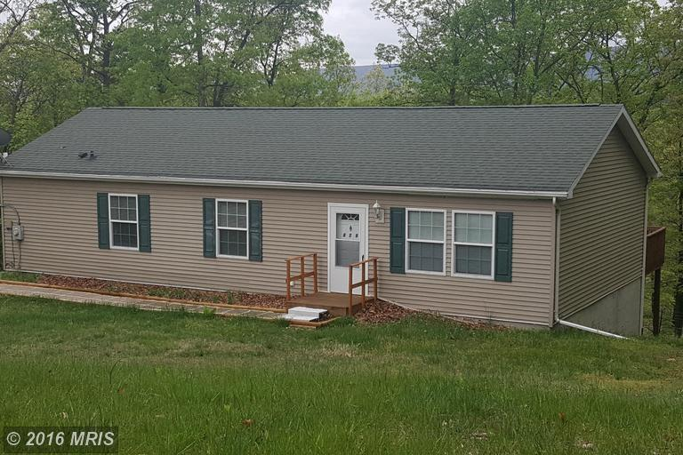 400 Clements Mtn, Berkeley Springs, WV 25411