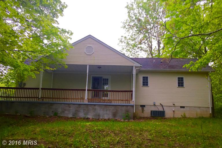 16881 Cacapon Rd, Great Cacapon, WV 25422