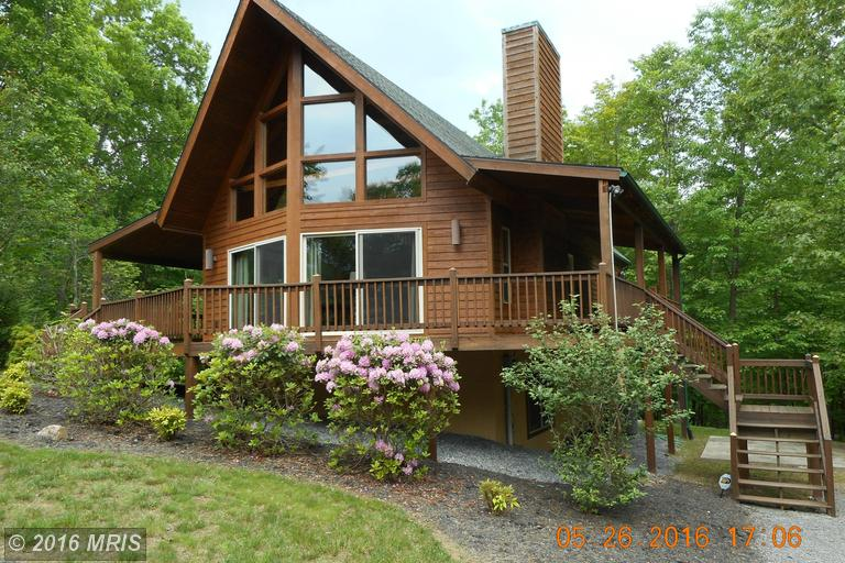 150 Montevideo Rd, Berkeley Springs, WV 25411