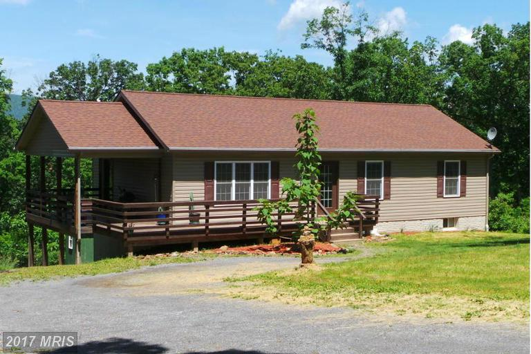 4258 Timber Ridge Rd, Berkeley Springs, WV 25411