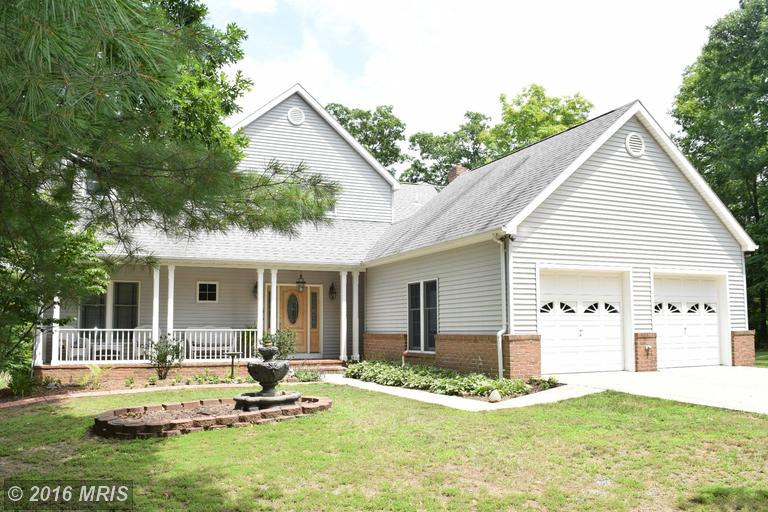 145 Spotted Fawn Ln, Great Cacapon, WV 25422