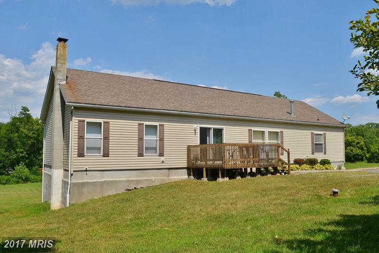 284 Woodmont Rd, Great Cacapon, WV 25422