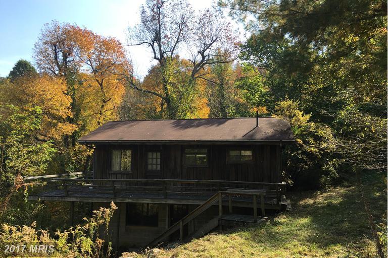 180 High Ridge Rd, Stanley, VA 22851