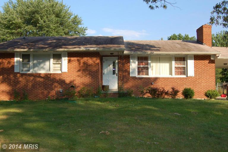 One of Clinton 6 Bedroom Rambler Homes for Sale