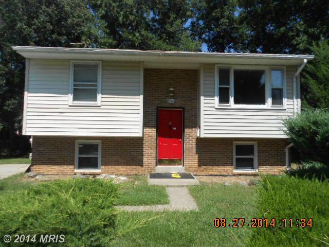 9710 Locust Ave, Lanham, MD 20706