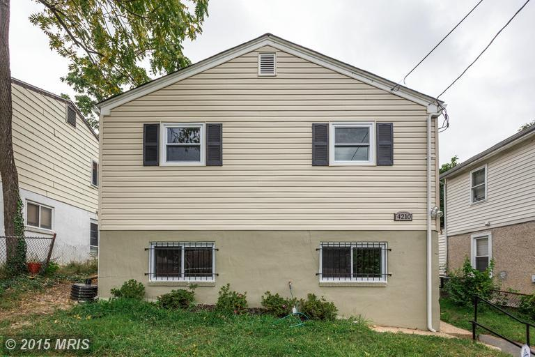 4210 Torque St, Capitol Heights, MD 20743