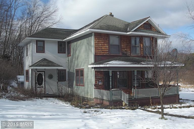6039 Cranesville Rd, Terra Alta, WV 26764