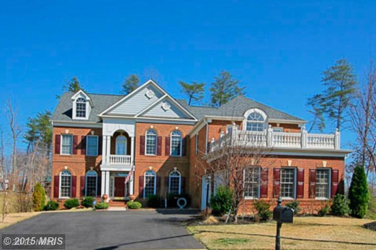 One of Lake Ridge 6 Bedroom Homes for Sale