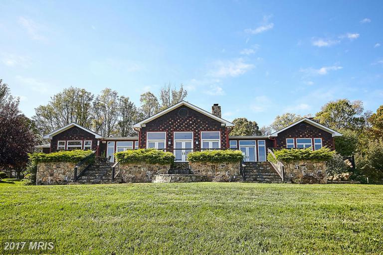59 Riley Hollow Rd, Huntly, VA 22640