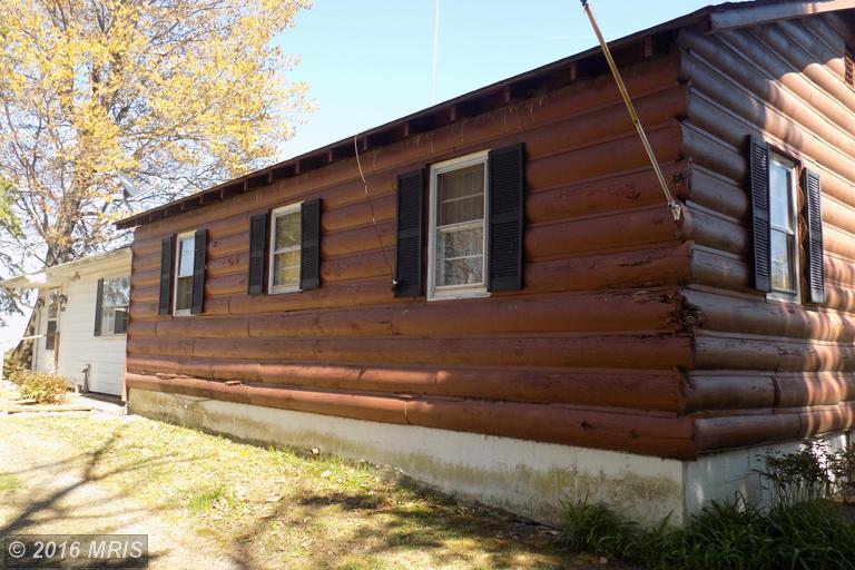 190 Mockingbird Ln, Fort Valley, VA 22652