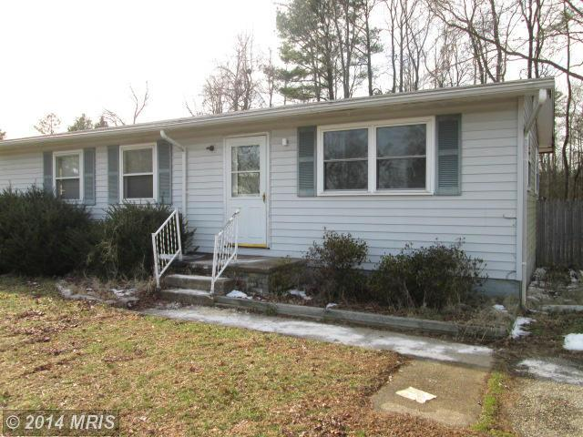 21335 Lynn Dr, Lexington Park, MD 20653
