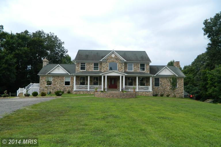 39045 Farmstead Ln, Clements, MD 20624