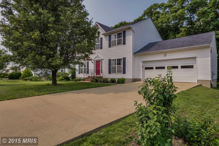 20854 Sandstone St, Lexington Park, MD 20653