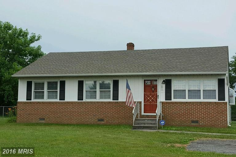 18097 Point Lookout Rd, Park Hall, MD 20667