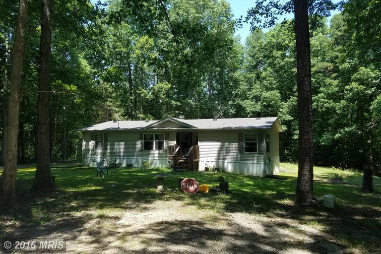 210 Oak Crest Dr, Partlow, VA 22534
