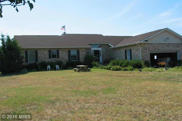 1660 Ferry Point Ct, Trappe, MD 21673
