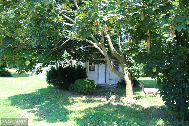 4080 Hennisee Ln, Trappe, MD 21673