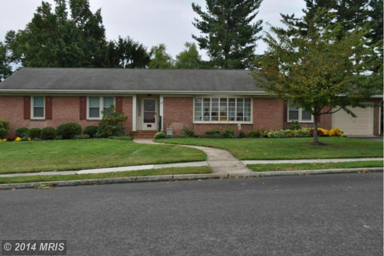 223 Potomac Hts, Hagerstown, MD 21742