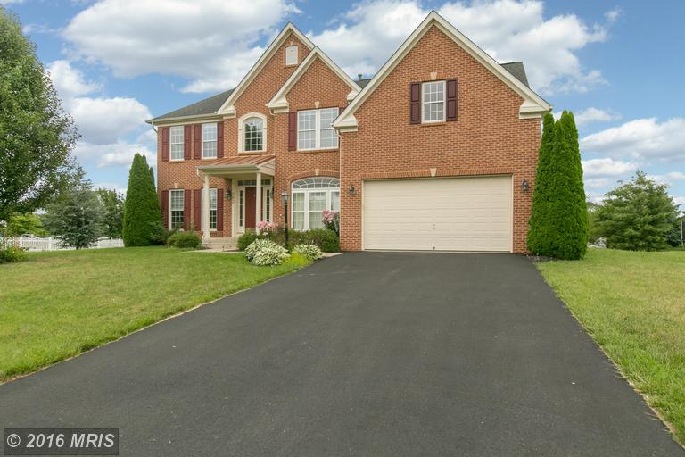 13803 Kialani Dr, Hagerstown, MD 21742