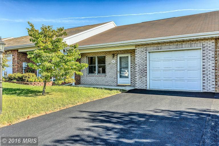 347 Winding Oak Dr, Hagerstown, MD 21740