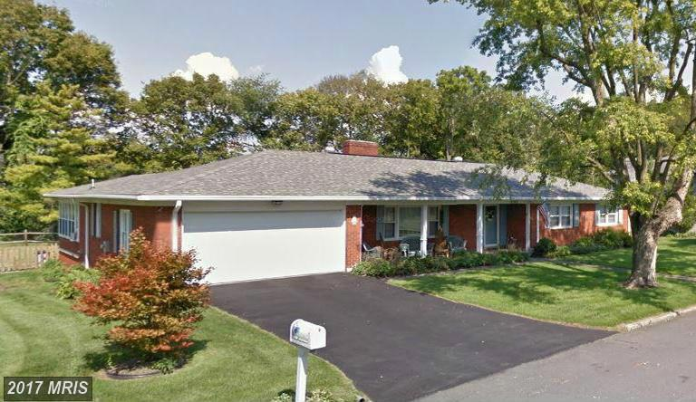 19502 Spring Valley Dr, Hagerstown, MD 21742