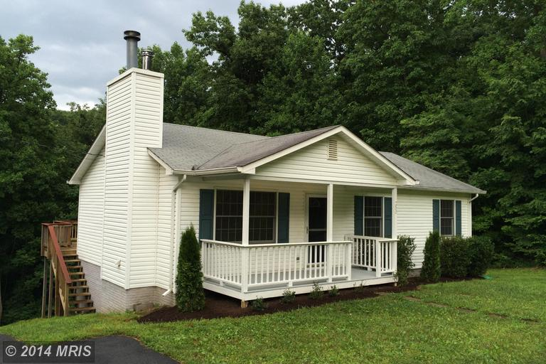 250 Ridge Top Ln, Linden, VA 22642